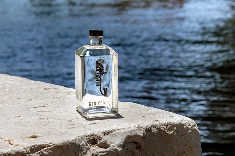 Gin Venice: la corsa degli utenti per accaparrarsi una bottiglia gioiello!