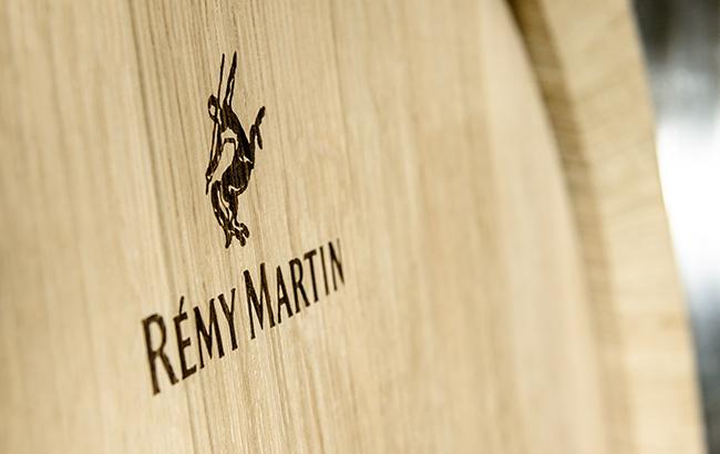Remy Martin – FRED & FARID New York per l'eCommerce su Facebook e Instagram