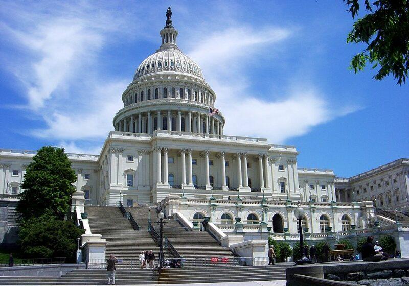 Facebook sulla graticola del Senato USA: audizione di Frances Haugen, la gola profonda del NYT